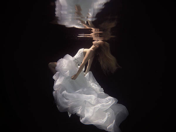 Floats Wall Art - Photograph - The Bride by Gabriela Slegrova