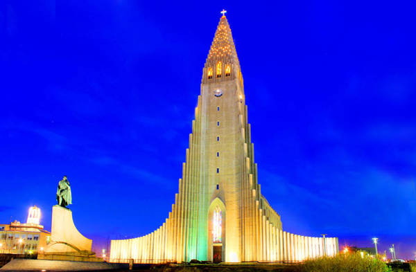 The Church Of Hallgrimur Reykjavik Art Print