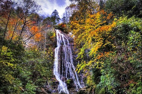Photograph - The Colors Of Mingo Falls by Lynn Bauer