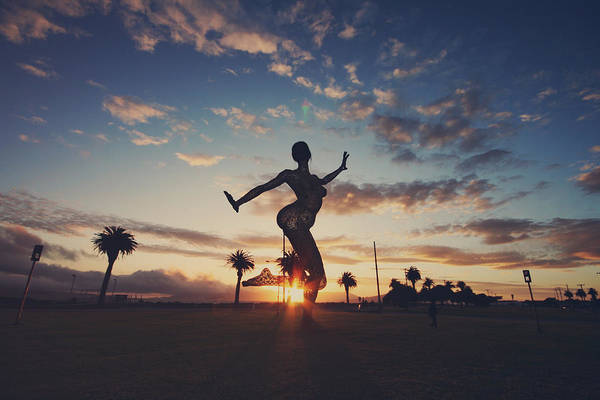 Bliss Wall Art - Photograph - The Dancing Queen by Laurie Search