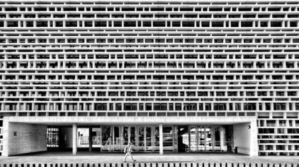 Photograph - The Faculty by Pedro Fernandez
