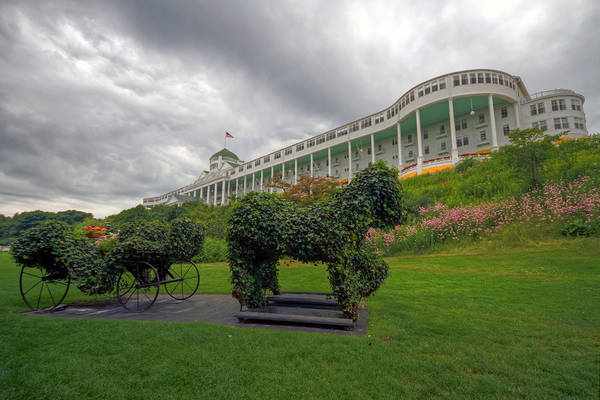 Photograph - The Grand Hotel Mackinac Island by Jerry Gammon