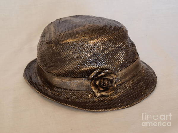 Photograph - The Hat by Vivian Martin