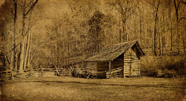 Photograph - The Homeplace - Field Crib by Sandy Keeton