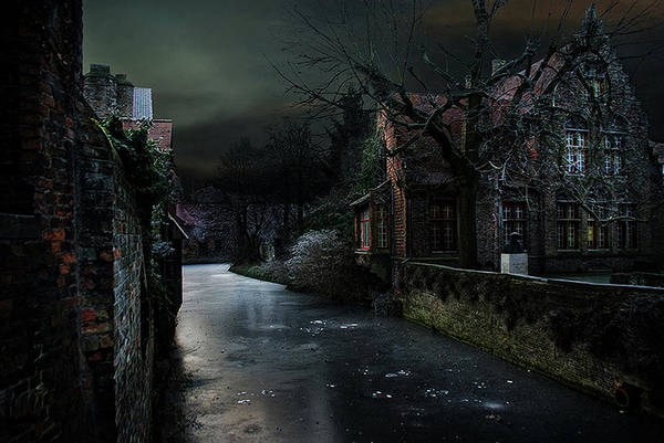 Bruges Photograph - The Icy Corner by Piet Flour