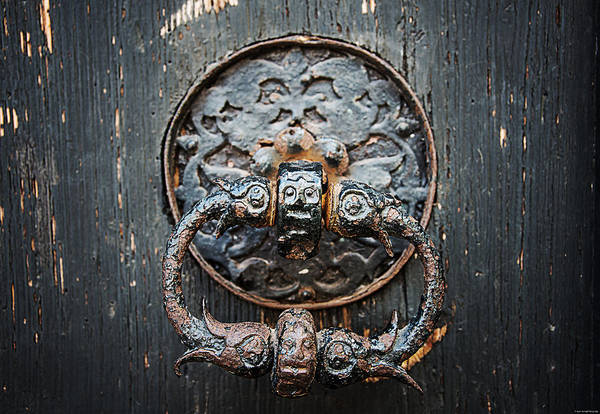 Photograph - The Knocker by Ryan Wyckoff