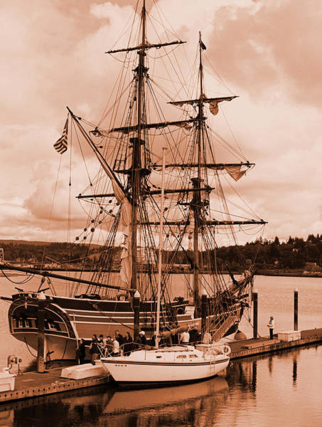 Photograph - The Lady Washington by HW Kateley