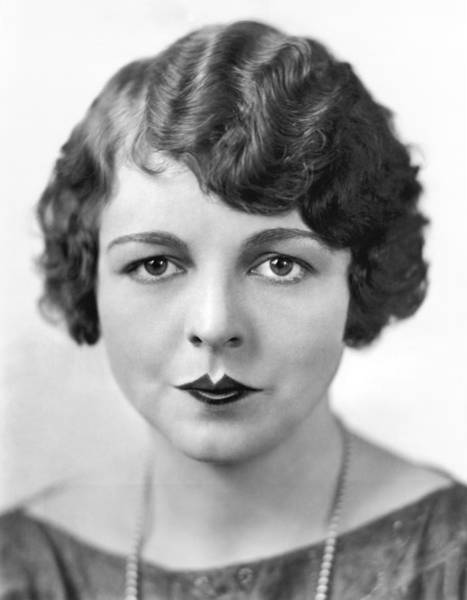 Photograph - The Latest Fad In Lip Makeup by Underwood Archives
