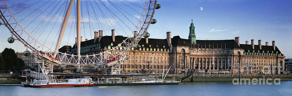 London Eye Photograph - The London Eye And County Hall by Rod McLean