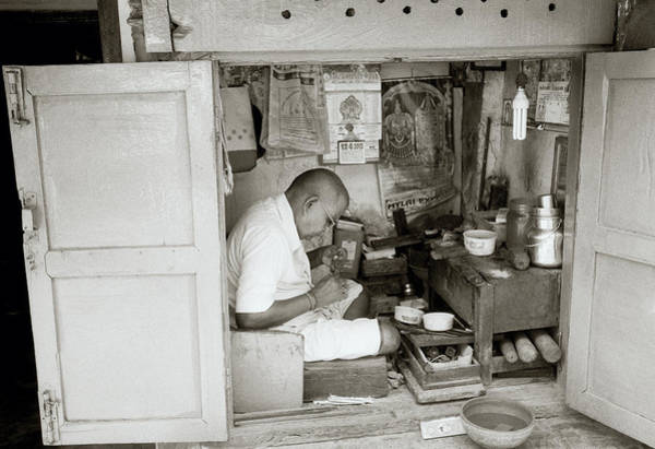 Self Employment Photograph - The Artisan Of Madras by Shaun Higson