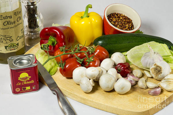 Wall Art - Photograph - The Makings Of Chilli by Donald Davis
