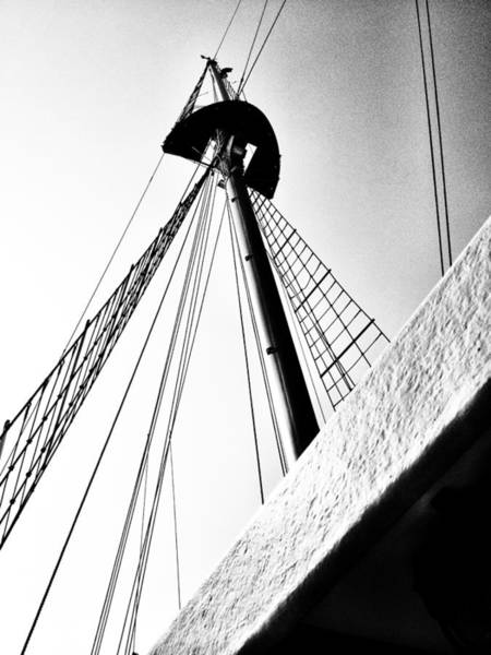 The Mast Of The Peacemaker Art Print