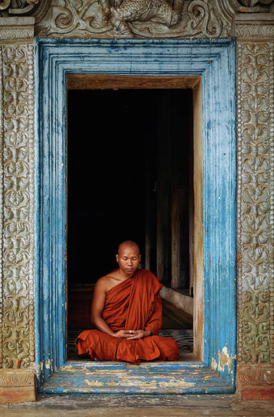 Reap Photograph - The Monks Of Wat Bo by Leah Kennedy