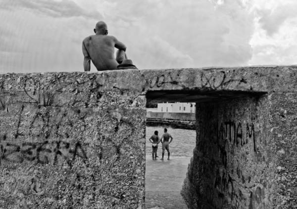 Wall Art - Photograph - The Observer by Lorenzo Grifantini