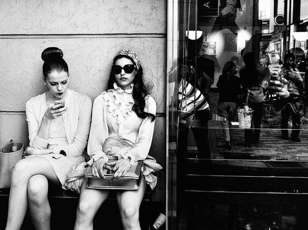 Street Photograph - The Other Side by Tatsuo Suzuki