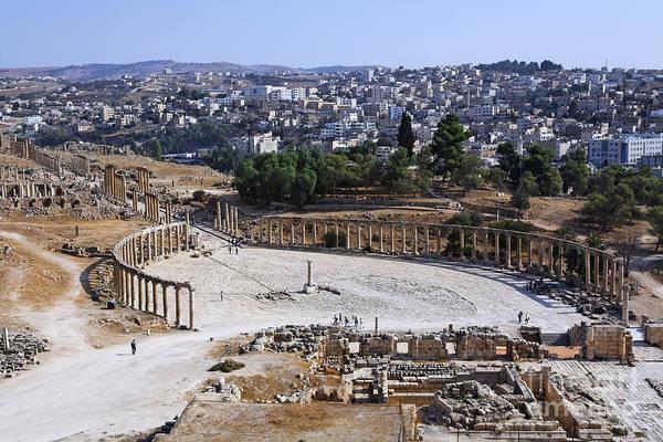 Jerash Photograph - The Oval Plaza At Jerash In Jordan by Robert Preston