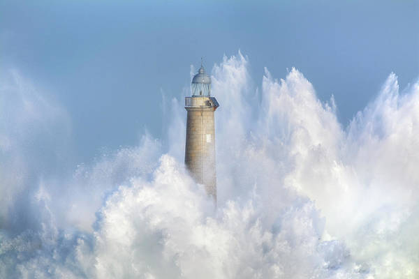 Wall Art - Photograph - The Power Of The Sea. by Sergio Saavedra Ruiz