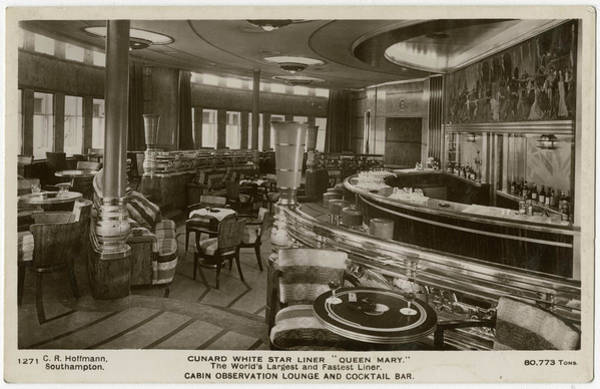 Wall Art - Photograph - The Queen Mary, Cunard White Star Liner by Mary Evans Picture Library