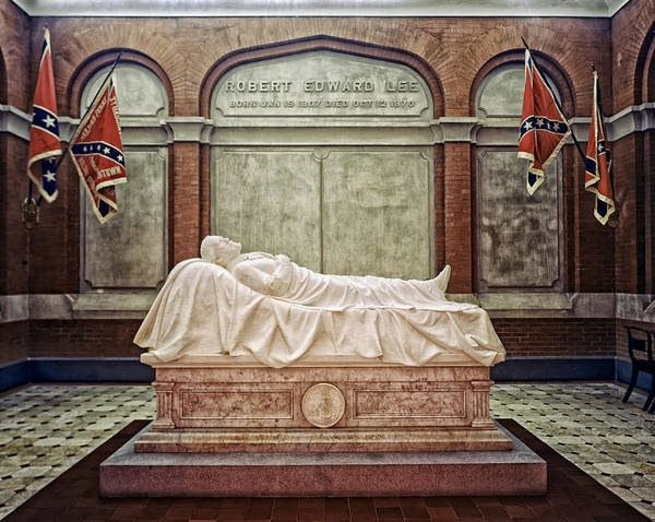 Wall Art - Photograph - The Recumbent Robert E. Lee by Mountain Dreams