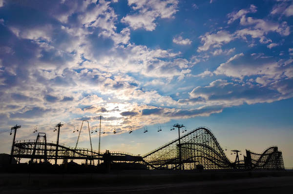 Adventureland Photograph - The Rides In Wildwood by Bill Cannon
