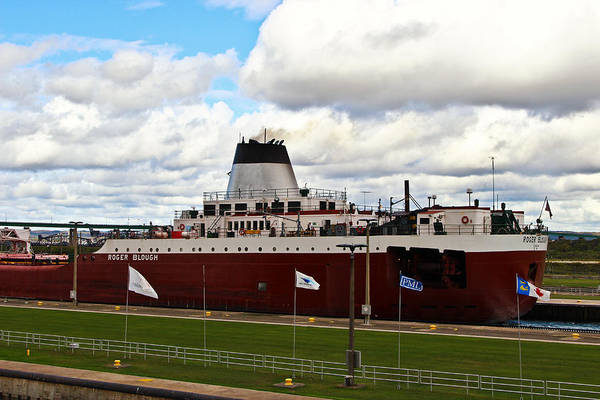 Photograph - The Roger Blough Of Duluth by Rachel Cohen