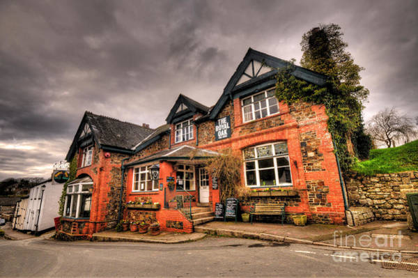 Royal Oak Photograph - The Royal Oak At Dunsford by Rob Hawkins