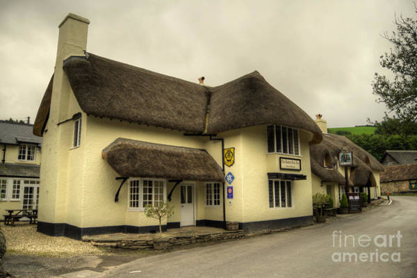 Royal Oak Photograph - The Royal Oak  by Rob Hawkins