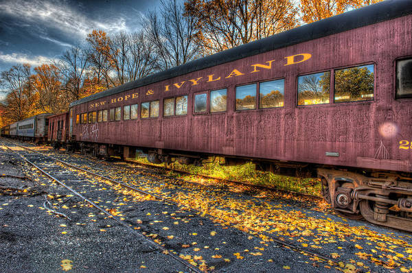 Photograph - The Siding by William Jobes
