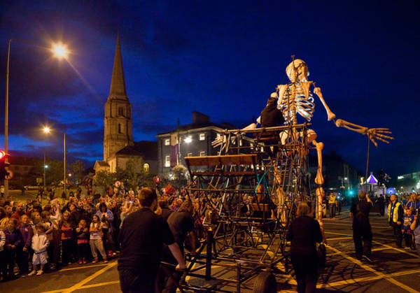 Street Performers Photograph - The Spraoi Street Festival, Waterford by Panoramic Images