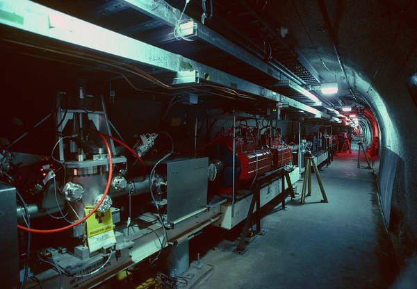 Particle Accelerator Wall Art - Photograph - The Stanford Linear Accelerator Tunnel by Peter Menzel/science Photo Library