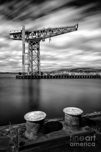 The Crane Photograph - The Titan by John Farnan
