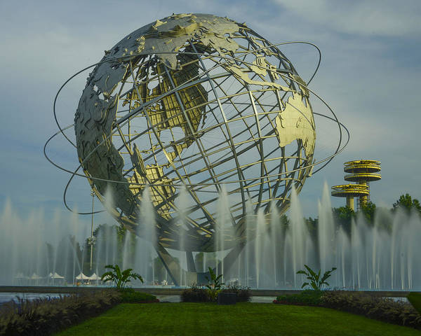 The Unisphere Art Print