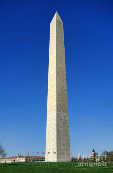 Photograph - The Washington Monument by Olivier Le Queinec