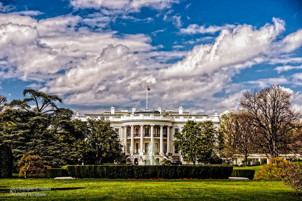 Photograph - The White House by Christopher Holmes