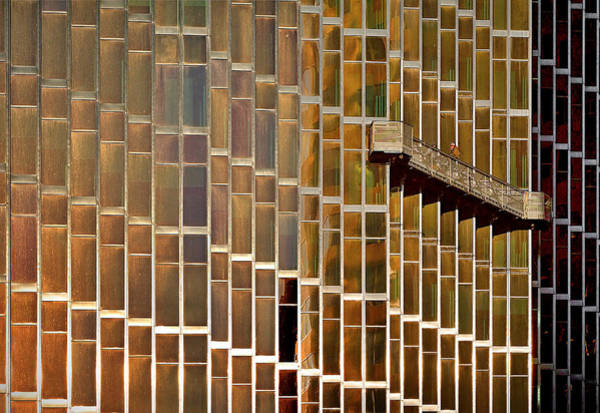 Wall Art - Photograph - The Windows Cleaner by Roberto Parola