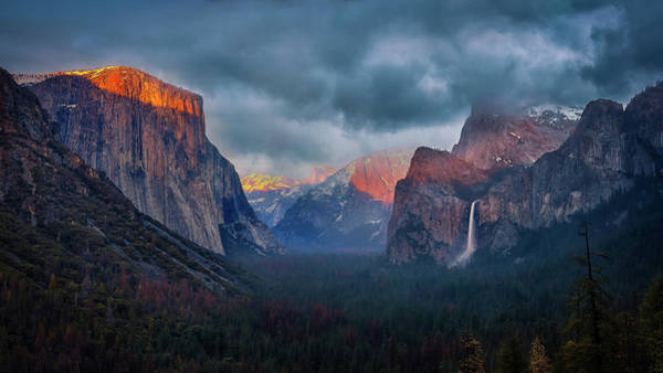 Wall Art - Photograph - The Yin And Yang Of Yosemite by Michael Zheng