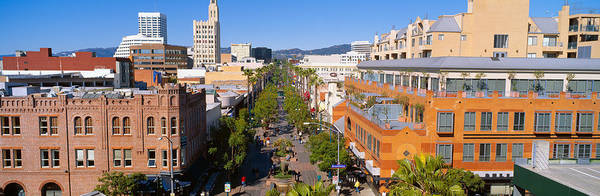 Shopping Districts Wall Art - Photograph - Third Street Promenade, Santa Monica by Panoramic Images