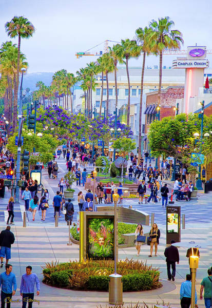 Photograph - Third Street - Santa Monica by Chuck Staley
