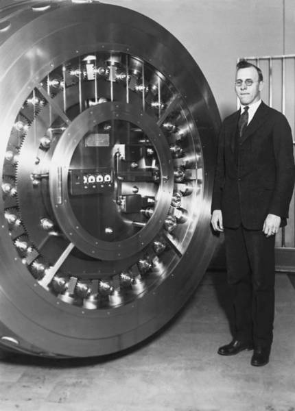 Entry Photograph - Thirty Ton Bank Vault Door by Underwood Archives
