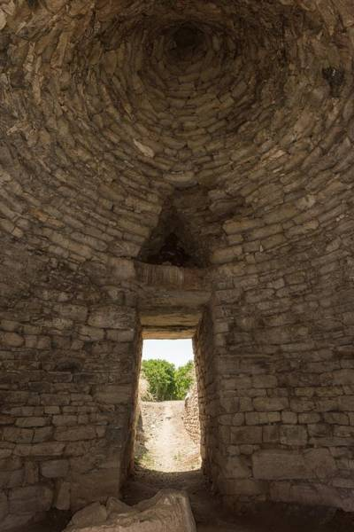 Peloponnese Photograph - Tholos Tomb Interior by David Parker/science Photo Library