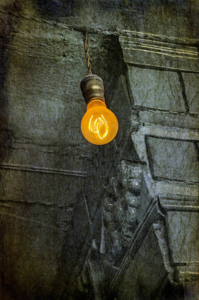 Photograph - Thomas Edison Lightbulb by Susan Candelario