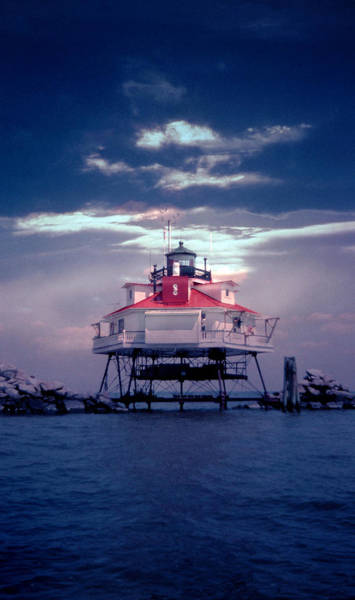 Wall Art - Photograph - Thomas Pt.  Shoal Lighthouse by Skip Willits