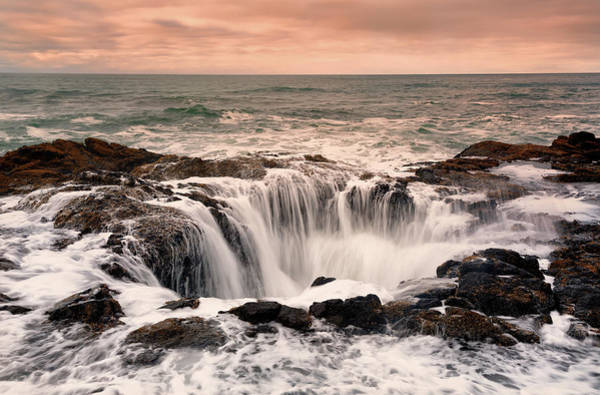 Cape Perpetua Wall Art - Photograph - Thors Well by Don Smith