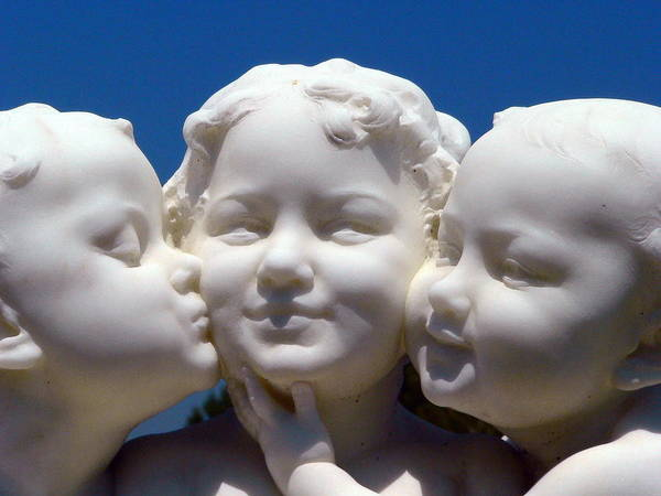 Photograph - Three Baby Angels by Jeff Lowe