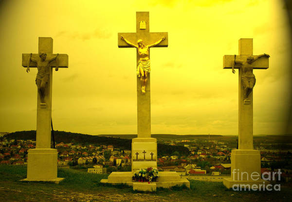 Photograph - Three Crosses by Les Palenik