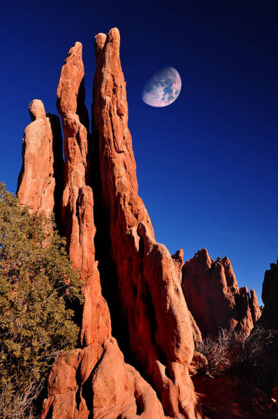 Pikes Place Wall Art - Photograph - Three Graces At Garden Of The Gods by John Hoffman