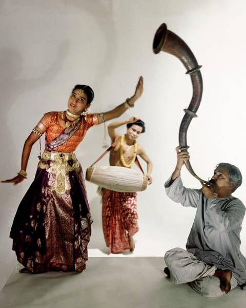 Playing Photograph - Three Indians Playing Music And Dancing by Horst P. Horst