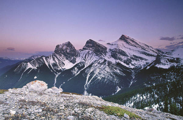 Wall Art - Photograph - Three Sisters At Twilight by Richard Berry