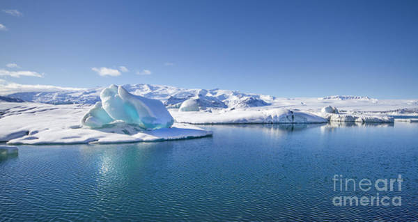 Northern Photograph - Throne Of Ice by Evelina Kremsdorf