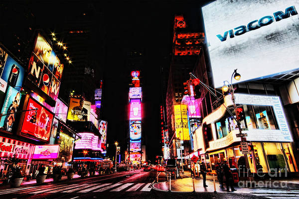 Wall Art - Photograph - Times Square by Andrew Paranavitana